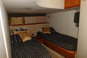 50' Sunseeker Camargue Hard Top with Sunroof 2002 Guest Stateroom