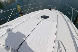 50' Sunseeker Camargue Hard Top with Sunroof 2002 Foredeck