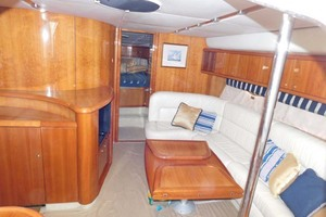 50' Sunseeker Camargue Hard Top with Sunroof 2002 Salon