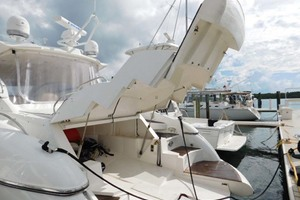 photo of Sunseeker-Camargue-Hard-Top-with-Sunroof-2002-Hula-Girl-Stuart-Florida-United-States-Garage-Open-1065758