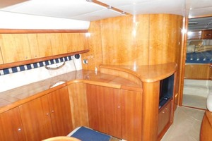 50' Sunseeker Camargue Hard Top with Sunroof 2002 Salon Entertainment Center