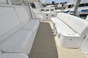 44' Tiara Sovran 2005 Cockpit Bench Seating