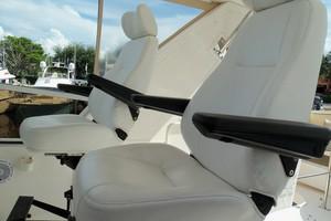 60' Neptunus Flybridge Motoryacht 1999 Helm Seat