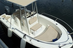 60' Neptunus Flybridge Motoryacht 1999 Optional 20' Tender