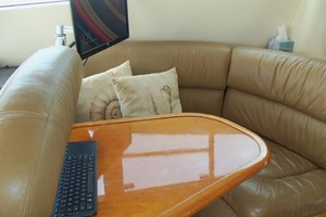 60' Neptunus Flybridge Motoryacht 1999 Galley Dinette
