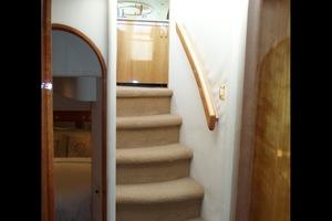 60' Neptunus Flybridge Motoryacht 1999 Companionway