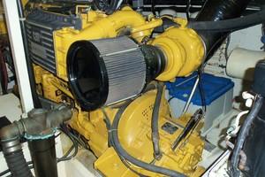 60' Neptunus Flybridge Motoryacht 1999 Starboard Engine