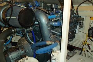 55' Neptunus Sedan Cruiser - 3 SR, TNT Lift 1999 Port Engine
