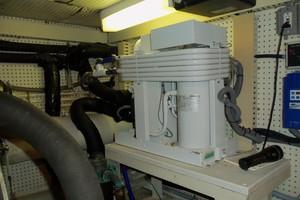 55' Neptunus Sedan Cruiser - 3 SR, TNT Lift 1999 New AC Chiller Aft Starboard