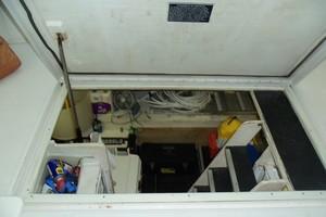 55' Neptunus Sedan Cruiser - 3 SR, TNT Lift 1999 Engine Room Entrance