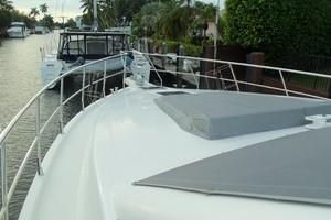 55' Neptunus Sedan Cruiser - 3 SR, TNT Lift 1999 Foredeck