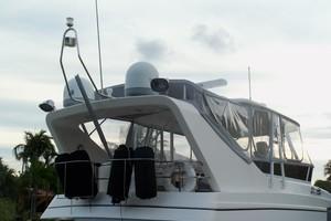 55' Neptunus Sedan Cruiser - 3 SR, TNT Lift 1999 Flybridge Aft
