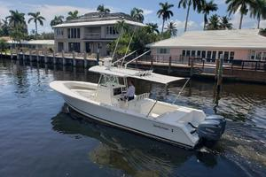 32 REGULATOR is a Regulator Center Console Yacht For Sale in Fort Lauderdale--7