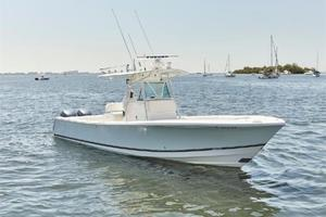 32 REGULATOR is a Regulator Center Console Yacht For Sale in Fort Lauderdale--11