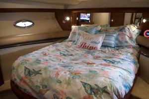 45' Meridian 459 Motoryacht 2006 Guest Berth