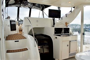 45' Meridian 459 Motoryacht 2006 Salon Entry