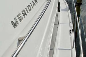 45' Meridian 459 Motoryacht 2006 Stbd Side Deck