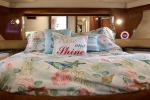 45' Meridian 459 Motoryacht 2006 Guest Stateroom