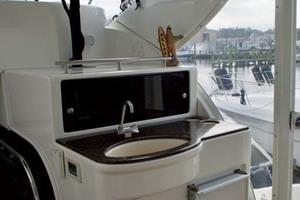45' Meridian 459 Motoryacht 2006 Aft Deck Wetbar