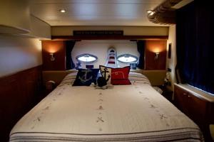 45' Meridian 459 Motoryacht 2006 Master Stateroom