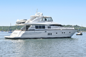 84' Princess 84 Flybridge  2006 Starboard Side