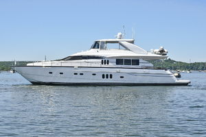 84' Princess 84 Flybridge  2006 PortSide
