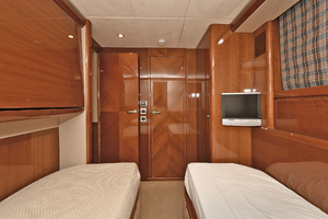 84' Princess 84 Flybridge  2006 Guest Stateroom - Port Side Aft