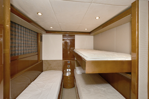 84' Princess 84 Flybridge  2006 Guest Stateroom - Starboard Side
