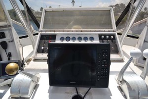 60' Hatteras 60 Flybridge 1979 Electronics