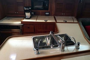 40' Sabre 402 2001 Full Galley