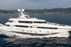 147' Sunrise  2014 Displacement Yacht Atomic