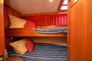 51' Ocean Alexander 510 Classico 2001 Bunkroom