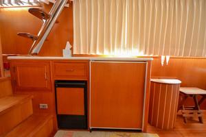 51' Ocean Alexander 510 Classico 2001 Freezer