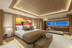 147' Sunrise Motor Yacht 2014 Master Stateroom