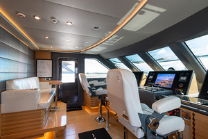 147' Sunrise Motor Yacht 2014 Pilothouse
