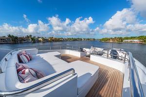 147' Sunrise Motor Yacht 2014 Foredeck