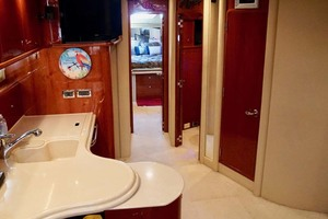 51' Sea Ray 510 Sundancer 2002 Salon Fwd