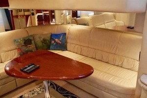 51' Sea Ray 510 Sundancer 2002 Salon Aft