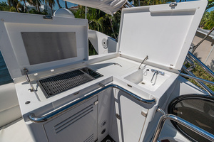 71' Sunseeker Sport  2014 Upper Deck/ Grill