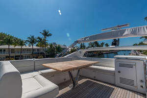 71' Sunseeker Sport  2014 Bridge Deck