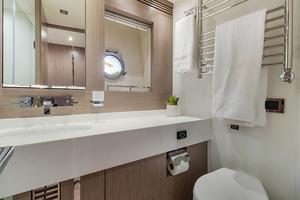 71' Sunseeker Sport  2014 Guest Bath