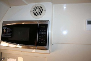 35' Scout 350 LXF 2014 Microwave