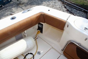 35' Scout 350 LXF 2014 Tuna Door