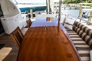 Horizon-Cockpit-Motor-Yacht-2008-Liberation-Stuart-Florida-United-States-Aft-Deck-Table-1075372