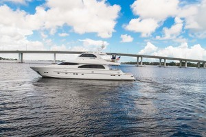 Horizon-Cockpit-Motor-Yacht-2008-Liberation-Stuart-Florida-United-States-Port-View-1075310