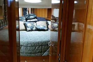 53' Riviera Convertible Sport Fisherman 2004 To Master Suite