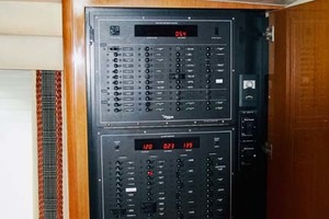 photo of Viking-65-Enclosed-Bridge-Convertible-2001-TalkN-Trash-Orange-Beach-Alabama-United-States-Electrical-Panel-1075843