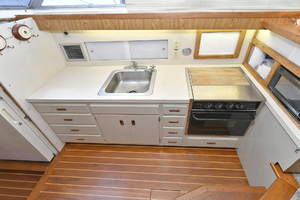 46' Bertram 46 Convertible 1979 Galley