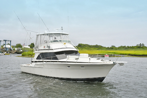 46' Bertram 46 Convertible 1979 Starboard Bow