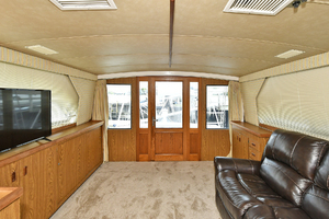 46' Bertram 46 Convertible 1979 Salon